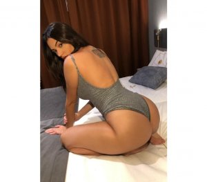 Marie-louisette ebony bbw personals Glenvar Heights